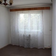 Vand urgent apartament cu 3 camere luminos si linistit in Fagaras - Apartament de vanzare, 65 mp, Numar camere: 3, An constructie: 1980, Etajul 3