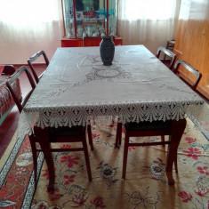 Masa sufragerie, comoda TV, vitrina, dulap sufragerie, dormitor_toate in Braila - Set mobila living