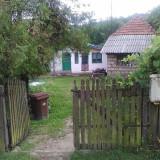 Vand casa 108 mp + 2662 mp teren intravilan in Curtea de Arges - Casa de vanzare, Numar camere: 4
