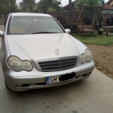 Vând Mercedes Benz