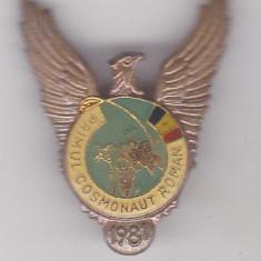 Insigna  Primul Cosmonaut Roman 1981