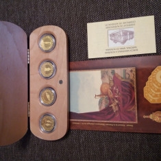 Tezaurul de la Pietroasa-4 monede aur BNR--Rare!!! - Moneda Romania, An: 2001