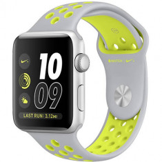 Watch 2 Nike Plus Aluminiu Argintiu 38MM Si Curea Silicon Argintiu Galben - Smartwatch Apple