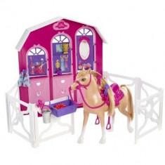 Gama Barbie si surorile ei - Calut si grajd - Papusa Mattel