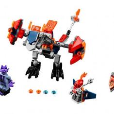 LEGO Nexo Knights - Dragonul aruncator de roboti al lui Macy 70361