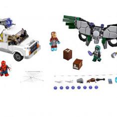 LEGO Marvel Super Heroes - Atentie la Vultur 76083