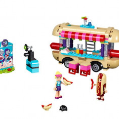 LEGO Friends - Furgoneta de hot dog din parcul de distractii 41129