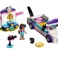 LEGO Friends - Parada Catelusilor 41301