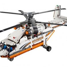 LEGO Technic - Elicopter de transporturi grele 42052