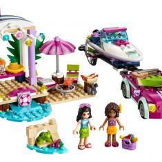 LEGO Friends - Barca transportoare cu motor a Andreei 41316