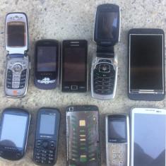 Lot 10 telefoane - pentru piese - - Incarcator telefon Samsung, De priza