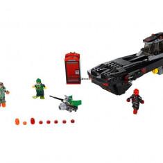 LEGO Marvel Super Heroes - Atacul submarin al lui Iron Skull 76048