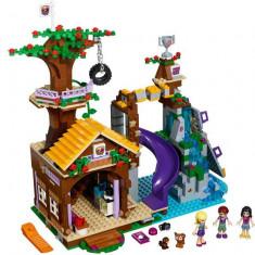 LEGO Friends - Tabara de aventuri - Casuta din copac 41122