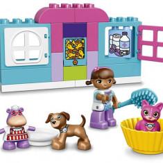 LEGO DUPLO - Centrul veterinar al Plusicai 10828