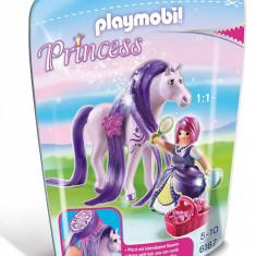 Printesa Viola cu cal
