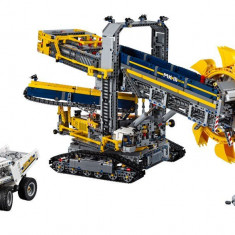 LEGO Technic - Excavator cu roata port cupe 42055