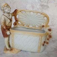 Bibelou vechi austriac, portelan biscuit