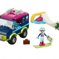 LEGO Friends - Masina de teren a statiunii de iarna 41321
