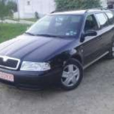 Skoda Octavia inmatriculata. PRET NEGOCIABIL!!, An Fabricatie: 2000, Benzina, 195000 km, 1595 cmc