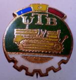 I.184 INSIGNA ROMANIA AUTO UTB UZINA TRACTORUL BRASOV TRACTOR V1 h19mm email