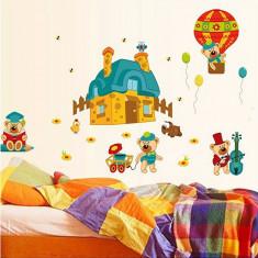Sticker perete copii – Ursuleți în acțiune