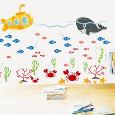 Sticker pentru camere bebelusi - Submarinul galben
