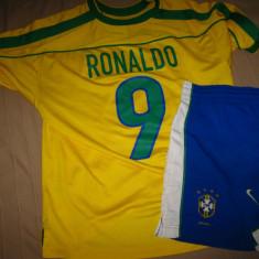 Echipament fotbal BRAZILIA RONALDO Nike 98 - Set echipament fotbal Nike, Marime: L/XL