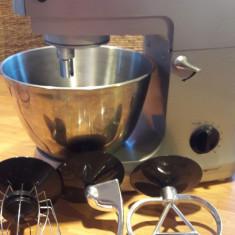 Robot bucatarie