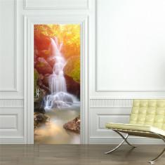 Sticker decorativ pentru usi - Cascada