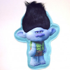 Perna plus in forma de Trolls
