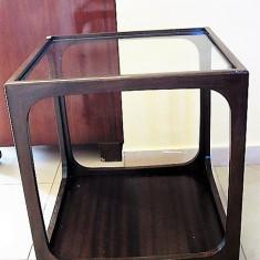 MINIMALISM  -  MASUTA SUB FORMA DE CUB CU ROTILE - DEOSEBIT, Mese si seturi de masa, Art Modern, Dupa 1950
