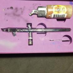 Aerograf Neo Iwata Siphon-Feed - Pistol de vopsit