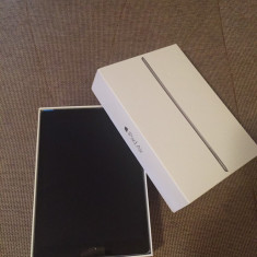 IPad Air 2 - Tableta iPad Air 2 Apple, Argintiu, 64 GB, Wi-Fi + 4G