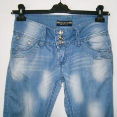 Blugi dama Gavers Jeans, marimea 30, stare foarte buna!, Culoare: Albastru