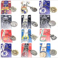 Breloc Chei - Fotbal /11 Cluburi  Fotbal - Metalic/UEFA/Real Madrid/Barcelona