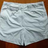 Pantaloni Nike ClimaFit; marime 36: 68 cm talie, 36 cm lungime etc.; ca noi