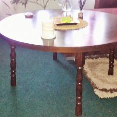 Masa rotunda lemn masiv