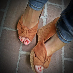 Pantofi platforma H&M maro tip piele intoarsa varf decupat 39 - Sandale dama Next
