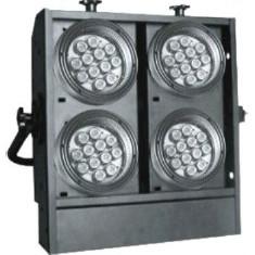 LED BLINDER RGBW + flight case - 4 buc. - Efecte lumini club