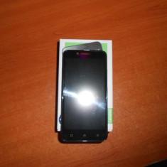 Lenovo Vibe C A2020 Dual Sim - Telefon mobil Lenovo, Negru, 8GB, Neblocat, Quad core, 1 GB
