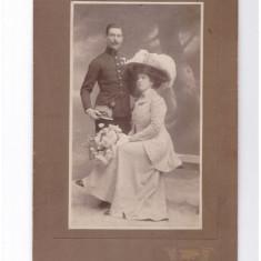 Foto cabinet ca.1900 ofiter decorat cu sotia, at. HERTER Brasov - Fotografie