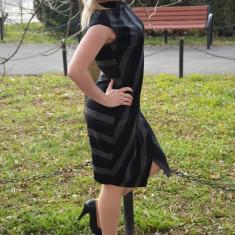 Rochie feminina cu croiala cambrata, nuanta neagra, masura mare (Culoare: NEGRU, Marime: 44) - Rochie de zi, Scurta