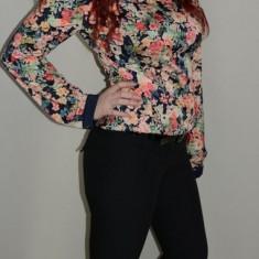 Pantalon de dama, de culoare neagra, cu design interesant (Culoare: NEGRU, Marime: 38) - Pantaloni dama