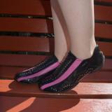 Pantof deosebit, nuanta de negru, insertie de roz si strasuri (Culoare: NEGRU, Marime: 37) - Pantofi barbat