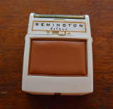 Aparat de ras electric Remington Deluxe anii 60, Germania, fara cablu, vintage, 3