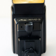 Blitz Metz 32 MZ-3 + SCA 3401M4 (adaptorul de patina), Altul
