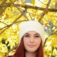 Caciula de toamna-iarna, de culoare alba, din tricot captusit (Culoare: ALB) - Caciula Dama