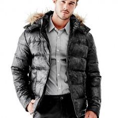 Geaca iarna blana GUESS ALASKA masura L XL - Geaca barbati Guess by Marciano, Marime: L, Culoare: Negru