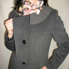 Palton rafinat, de culoare, gri cu design aparte (Culoare: GRI, Marime: 44) - Palton dama
