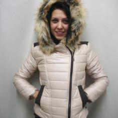 Jacheta moderna, de culoare cu gluga si blanita (Culoare: BEJ, Marime: L-40) - Jacheta dama